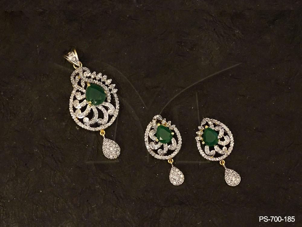 Indian diamond necklaces women diamond jewellery ad pendant sets indian diamond necklaces women diamond jewellery ad pendant sets aloadofball Choice Image