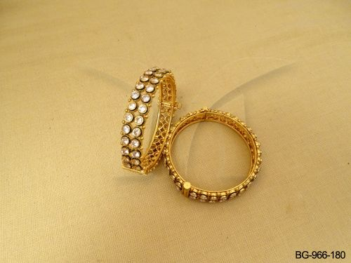 Antique-Bangle-BG-966W-180-PR.jpg